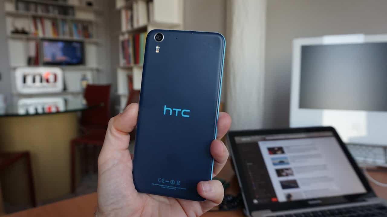 HTC desire Eye - vista posteriore