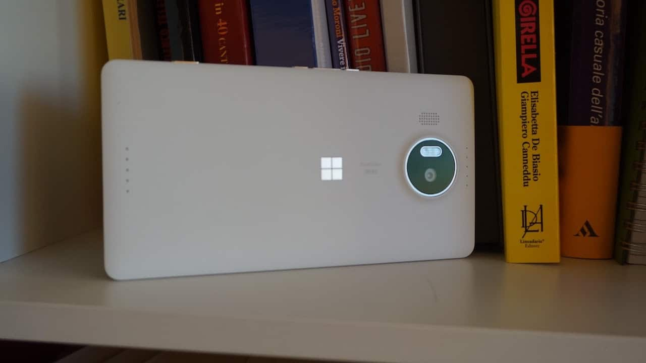 Microsoft Lumia 950XL: il retro