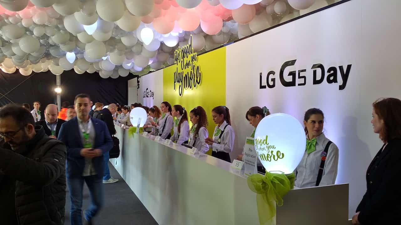 LG G6 avra due fotocamere da 13 mpx sul retro e grandangolo frontale