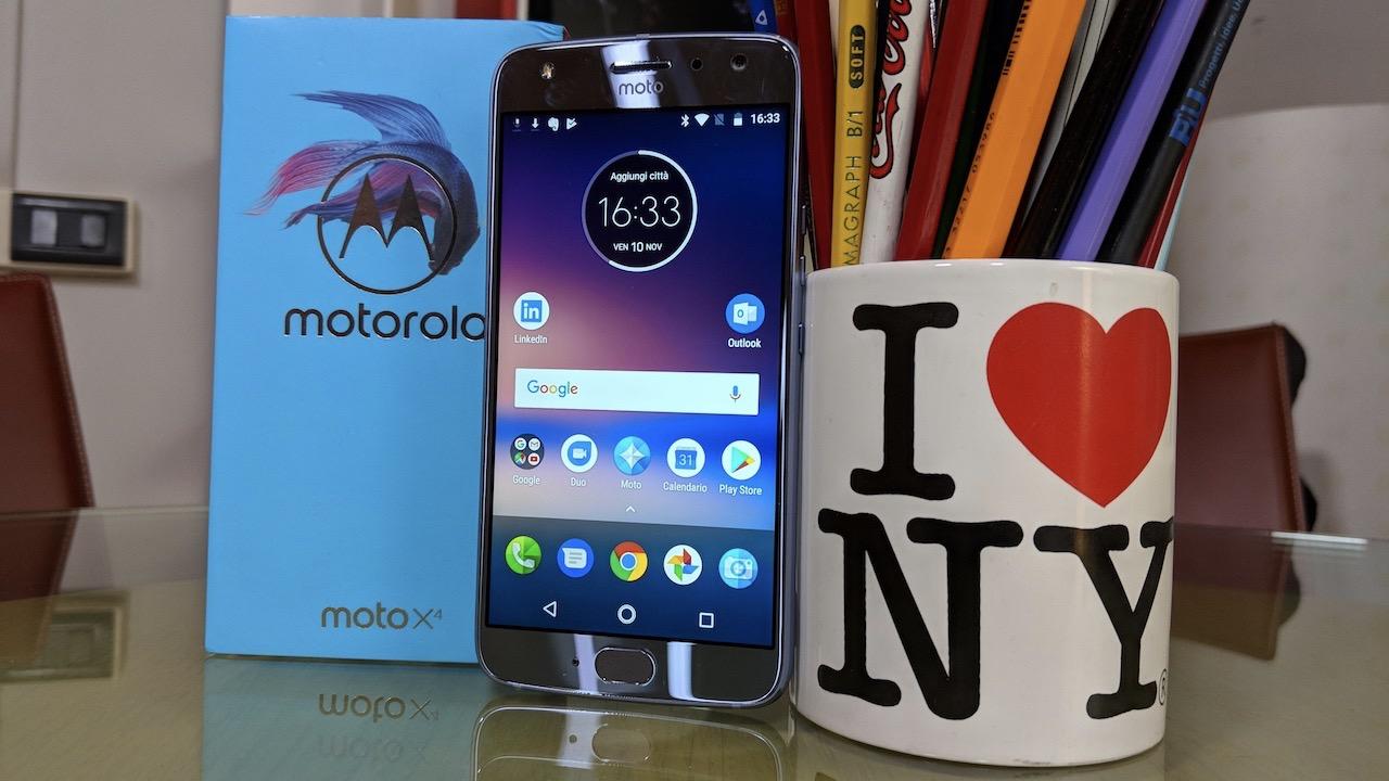 Recensione Video Moto X4