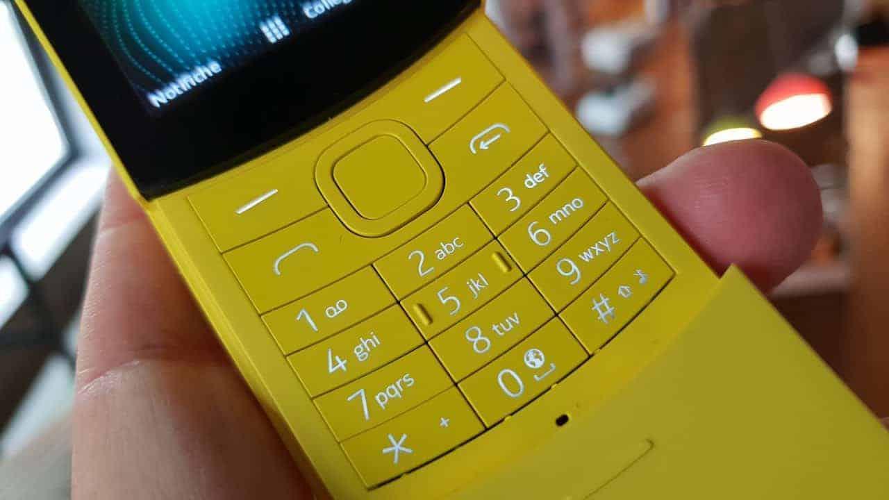 Nokia 8110 avrà whatsapp!
