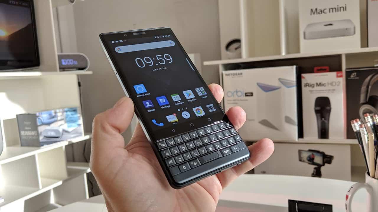 Recensione Blackberry Key2 LE, meno fronzoli e prezzo super!