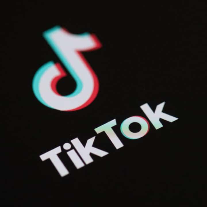02.08: Tik Tok è già stata venduta in USA? Apple cresce in modo vertiginoso nel Q2!