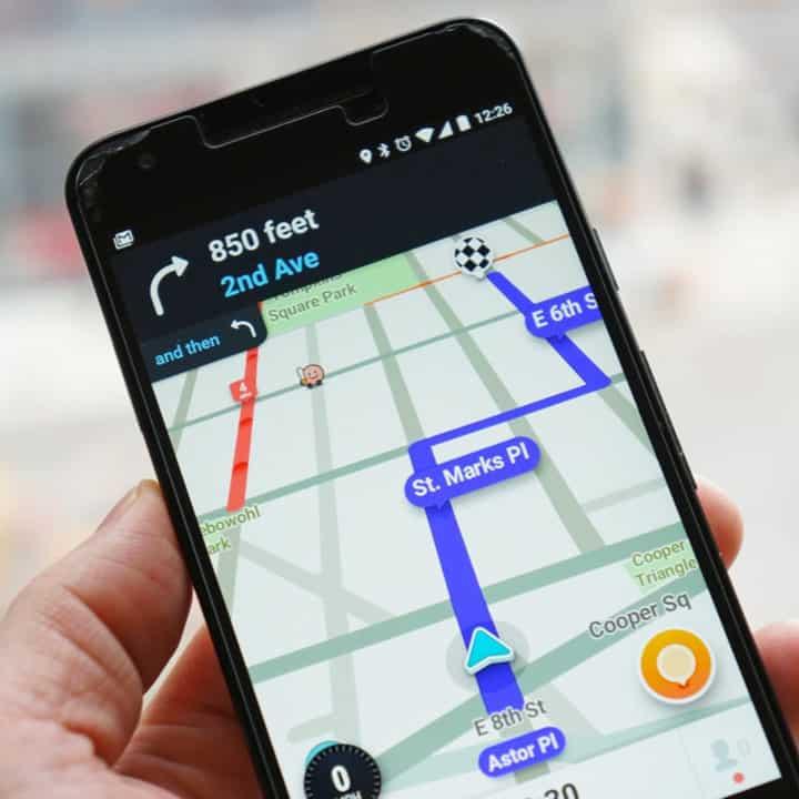 14.08 Con Waze arrivano. i pagamenti contactless (In USA), Apple rischia in Cina senza WeChat